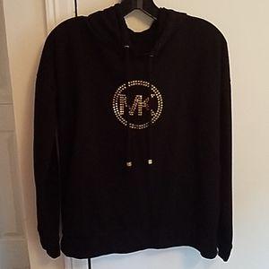 Black pullover hoodie